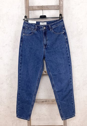 Clean Momfit Jeans